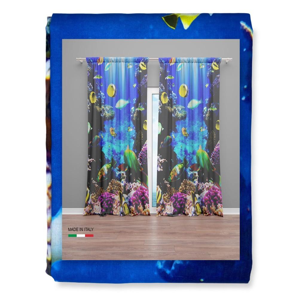 tenda con pesci e coralli