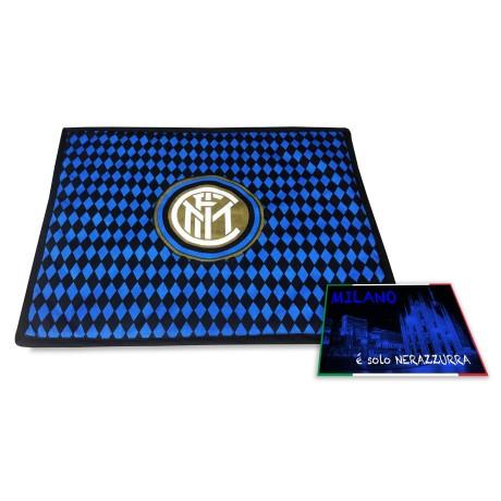 SERVIETTE de table petit-DÉJEUNER AMÉRICAIN et F. C. INTER FOOTBALL OFFICIEL et une carte postale de MILAN EST à SEULEMENT